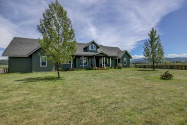89 Barker Lane Donnelly, ID 83615