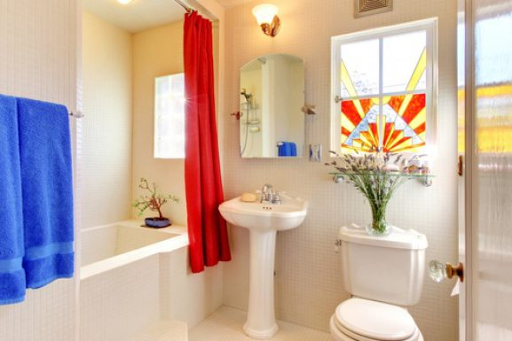 Make a Small Bathroom Look Bigger