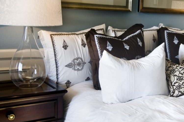Pros and Cons of Dual Master Suites