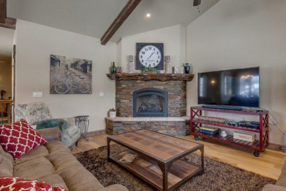 Reinvent a Room for Staging in McCall